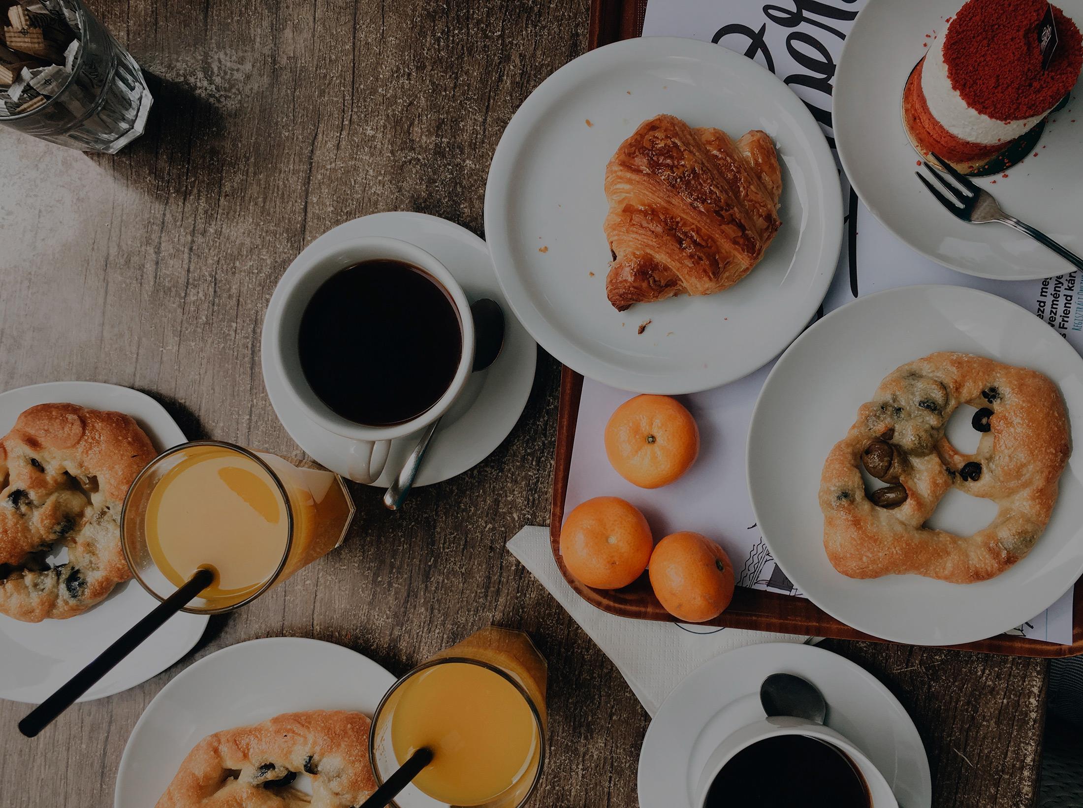 Desayuno en Hostal Abadía Madrid